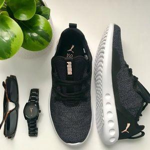 NWT PUMA Carson 2x Knit Sneakers